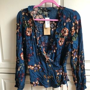 Tillys Floral Wrap and Tie - Large